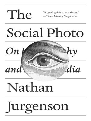cover image of The Social Photo