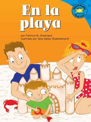 cover image of En la playa